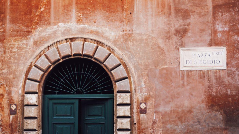 puerta en Trastevere